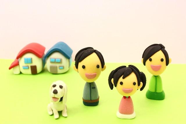 3人家族と犬とマイホーム