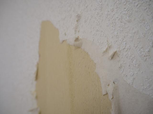賃貸アパートから引っ越す時、壁紙・クロスの張り替えは必要?画像